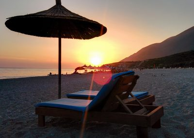 beach-dusk-holiday-131921